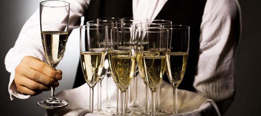 Des amateurs de vin
